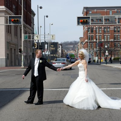 madison event center, riverside drive, old st. marys, cincinnati, wedding photgraphy