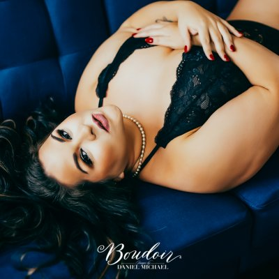 plus size-beautiful-boudoir-cincy-ohio