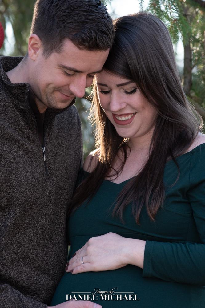 Maternity Photographer Cincinnati