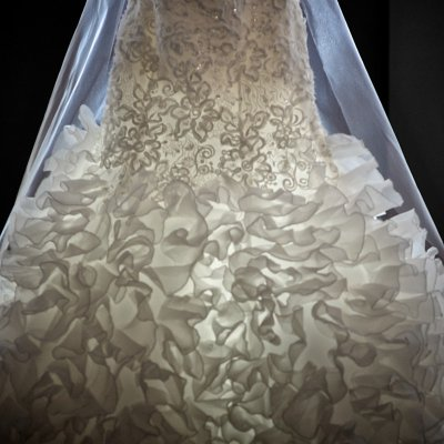 Wedding Dress Creative Lighting