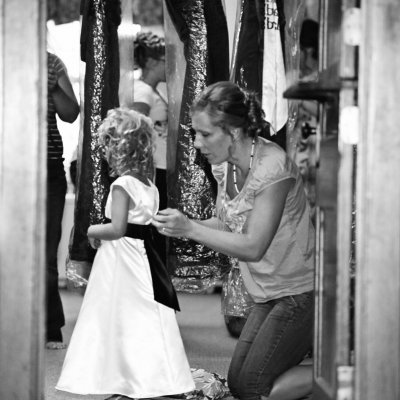 Bridesmaids and Flower Girl Getting Ready