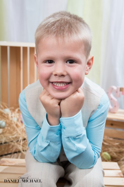 Easter Portraits, Kids Easter Photography, Spring Photographers