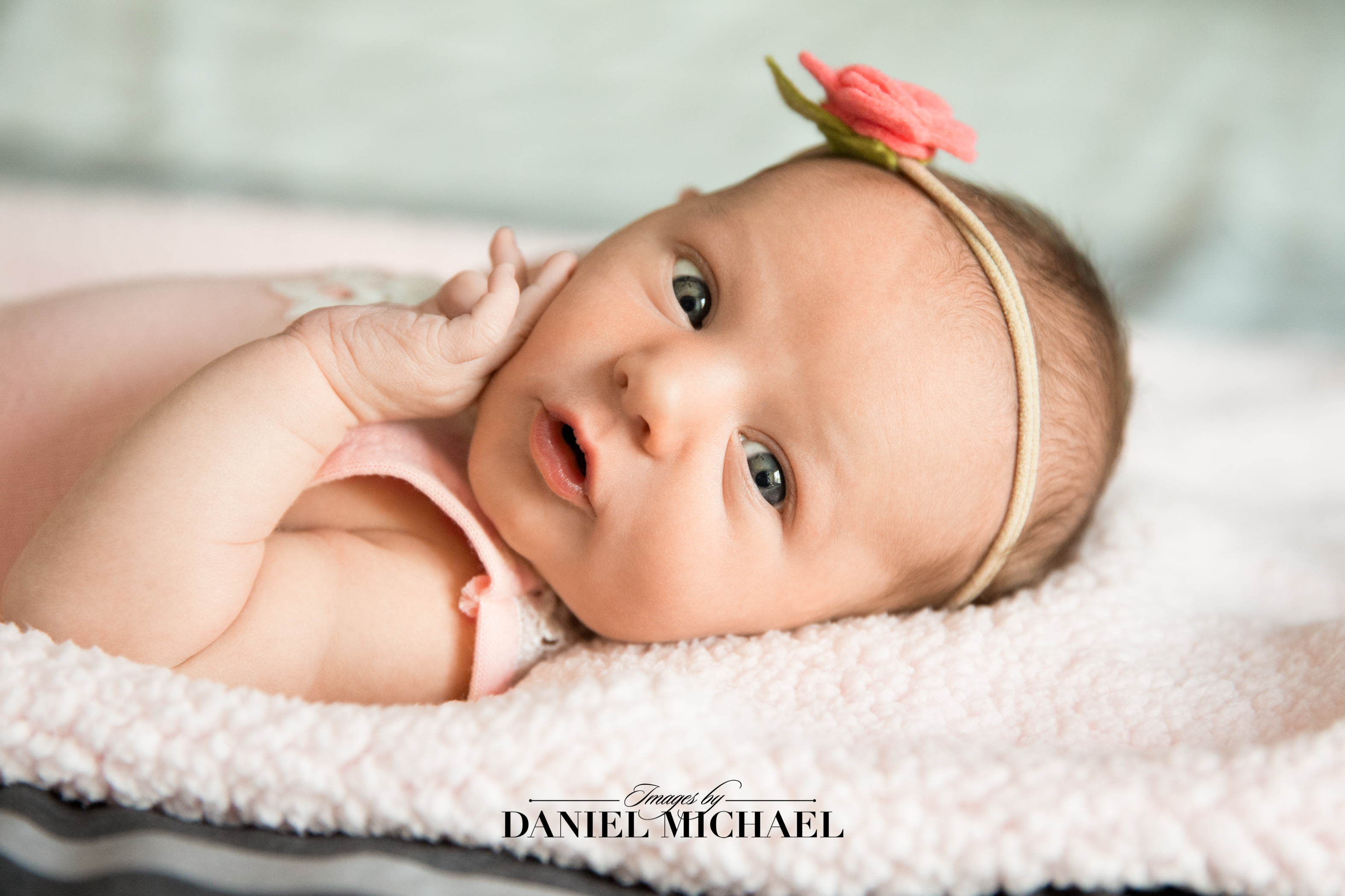 Lifestyle Photography, Newborn in-home photos, Newborn Photography, Jessica Rist