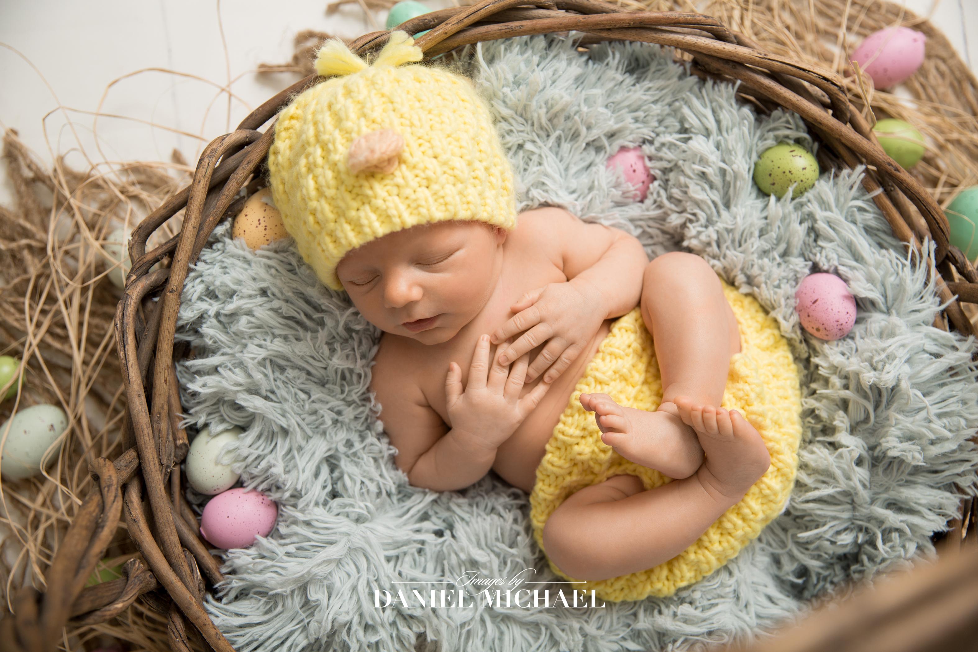 Newborn Easter Photos, Easter Photographers, Cincinnati Newborn Photographer, Jessica Rist