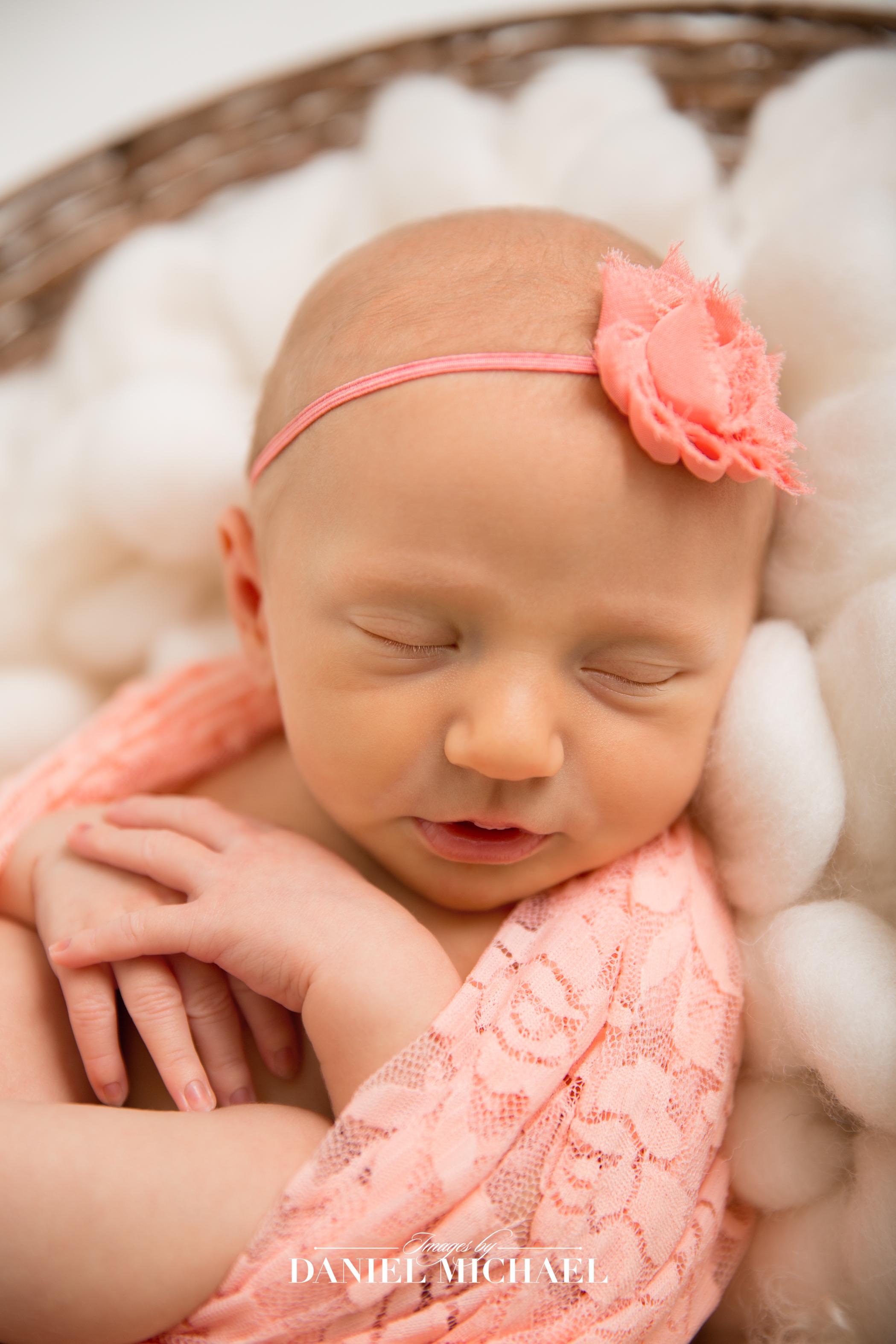Cincinnati Portrait Photographer, Newborn Photos, Newborn Girl Photography, Jessica Rist