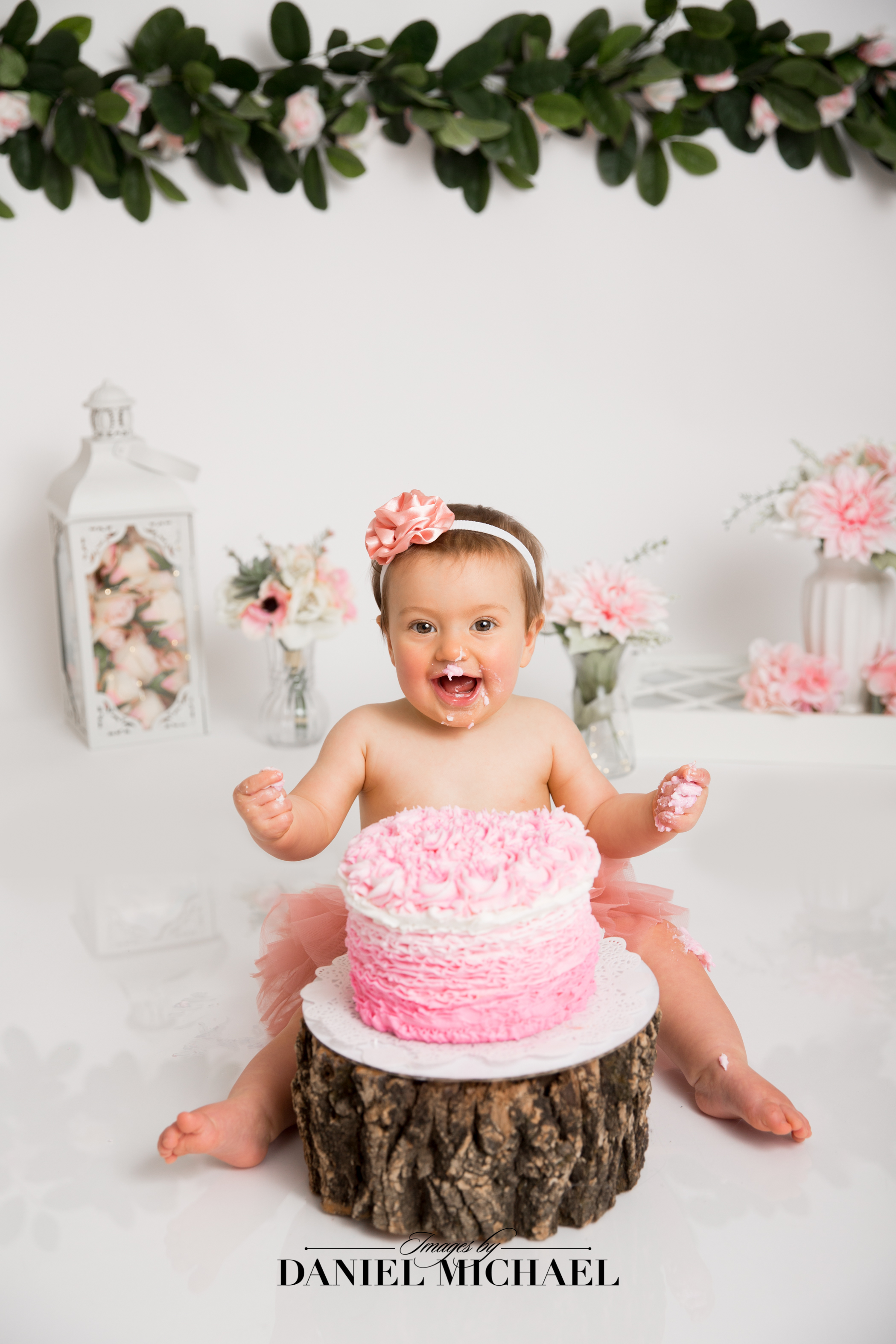 Cincinnati Cake Smash Photography, First Birthday Photos, Cincinnati Studio Photographer, Jessica Rist