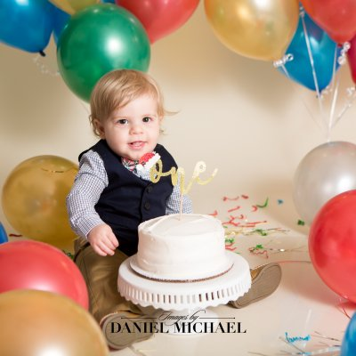 Cincinnati Cake Smash, Cincinnati Portrait Photographers, First Birthday, Jessica Rist