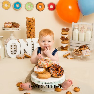 Dough Nut Smash, Do Not Grow Up Theme, First Birthday Portraits, Cincinnati Studio Photography, Jessica Rist