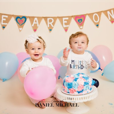 Twin First Birthday, Twin Cake Smash, Cincinnati Twin Photographers, Jessica Rist