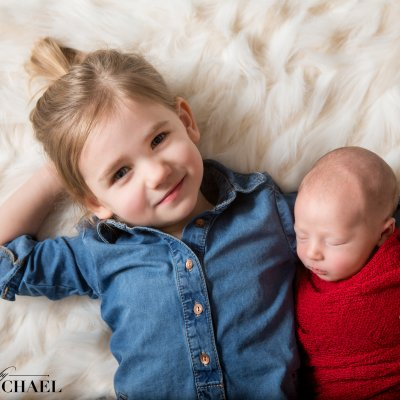 Newborn Photography Cincinnati sibling