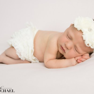 Cincinnati Photographer Newborn