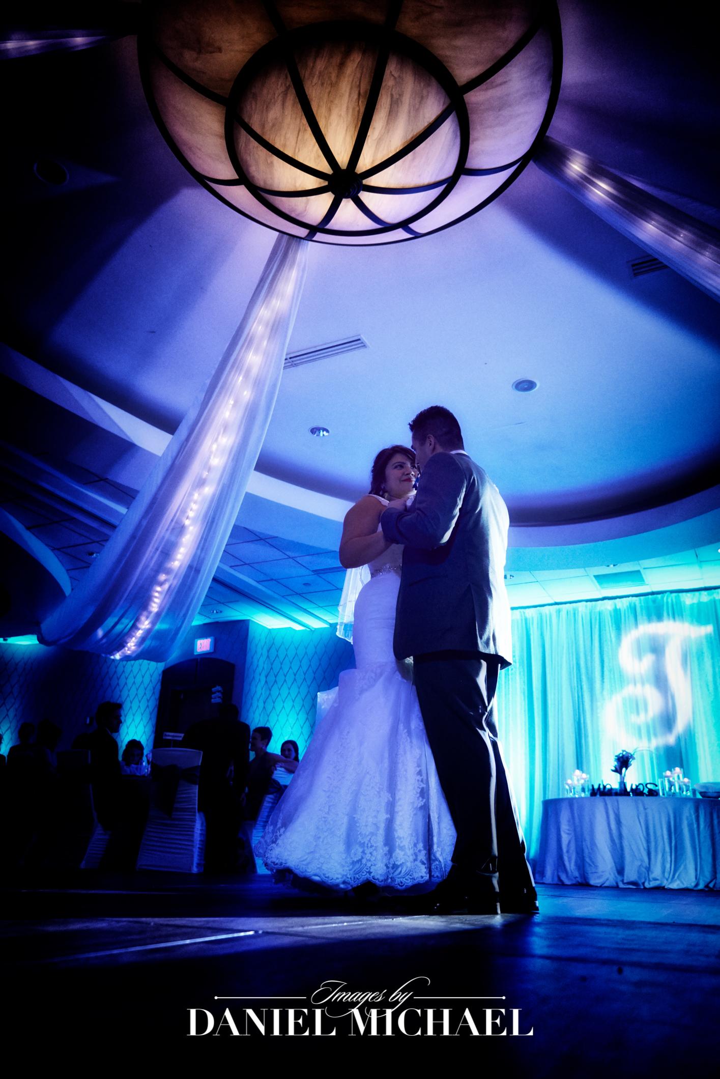 Marriott River Center Venue Wedding Ceremony Photography