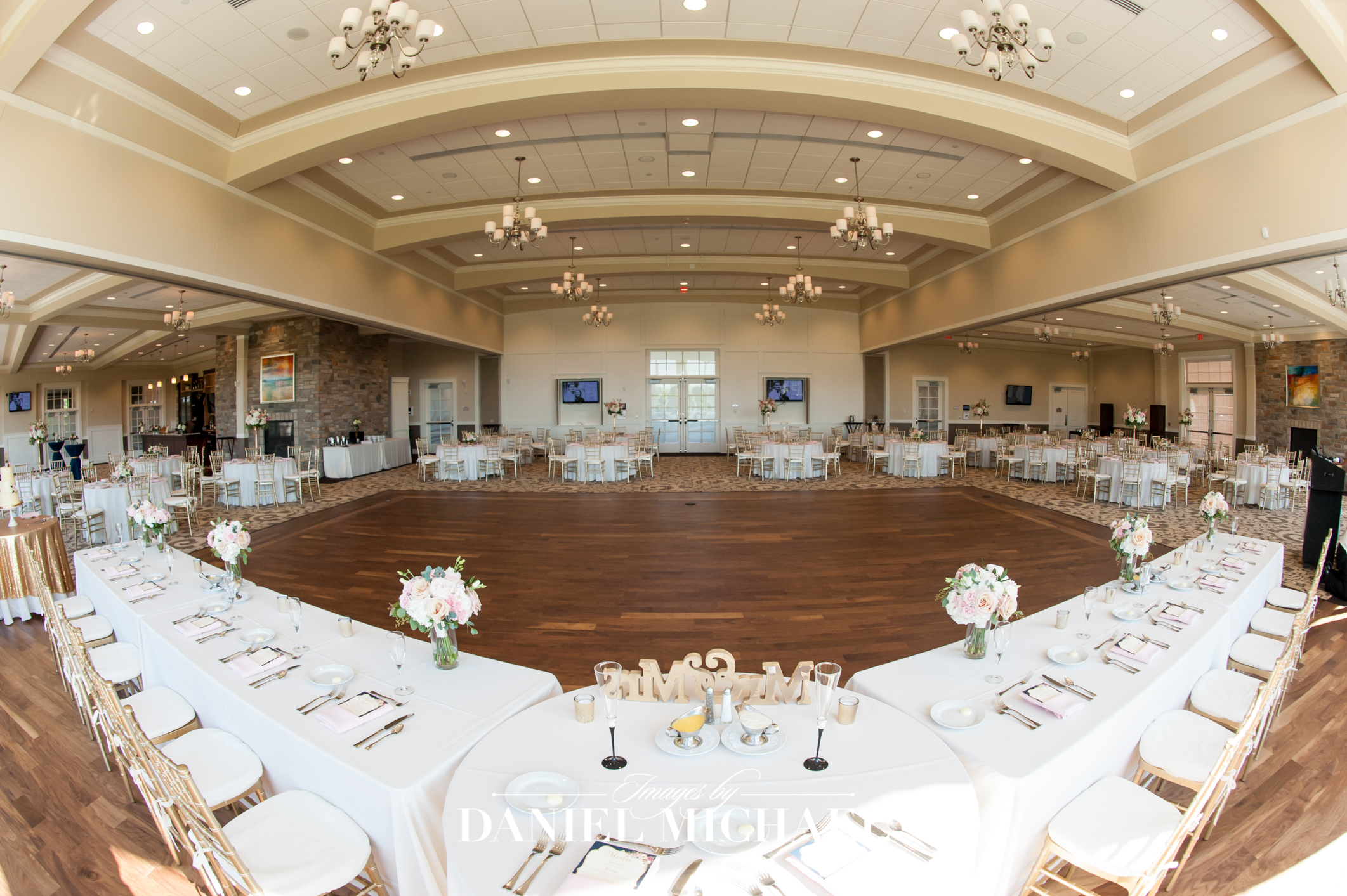 Cooper Creek Reception Venue Photographer