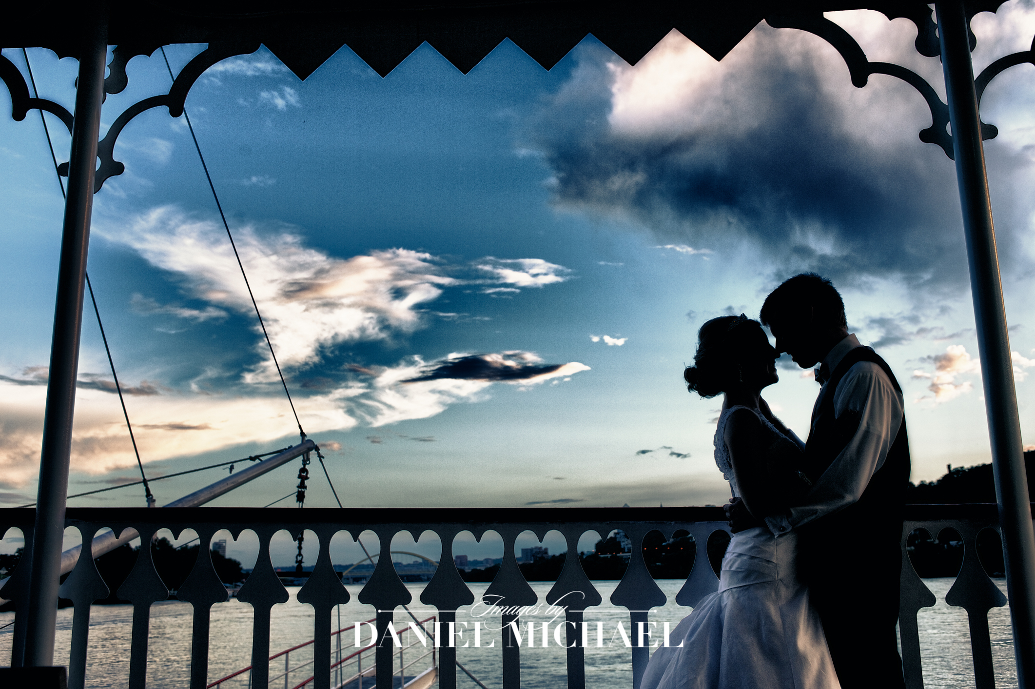 BB Riverboat Venue Reception Photography