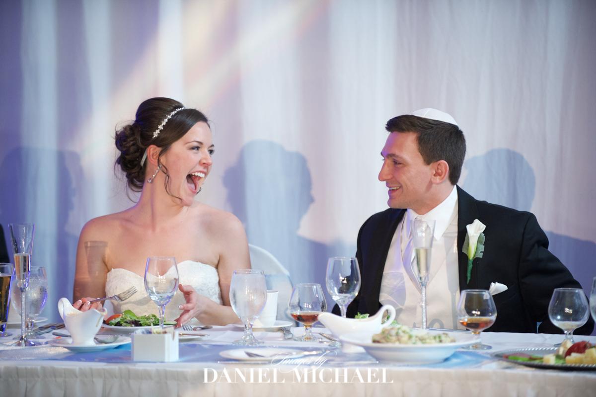 wedding venue location, savannah center, toasts