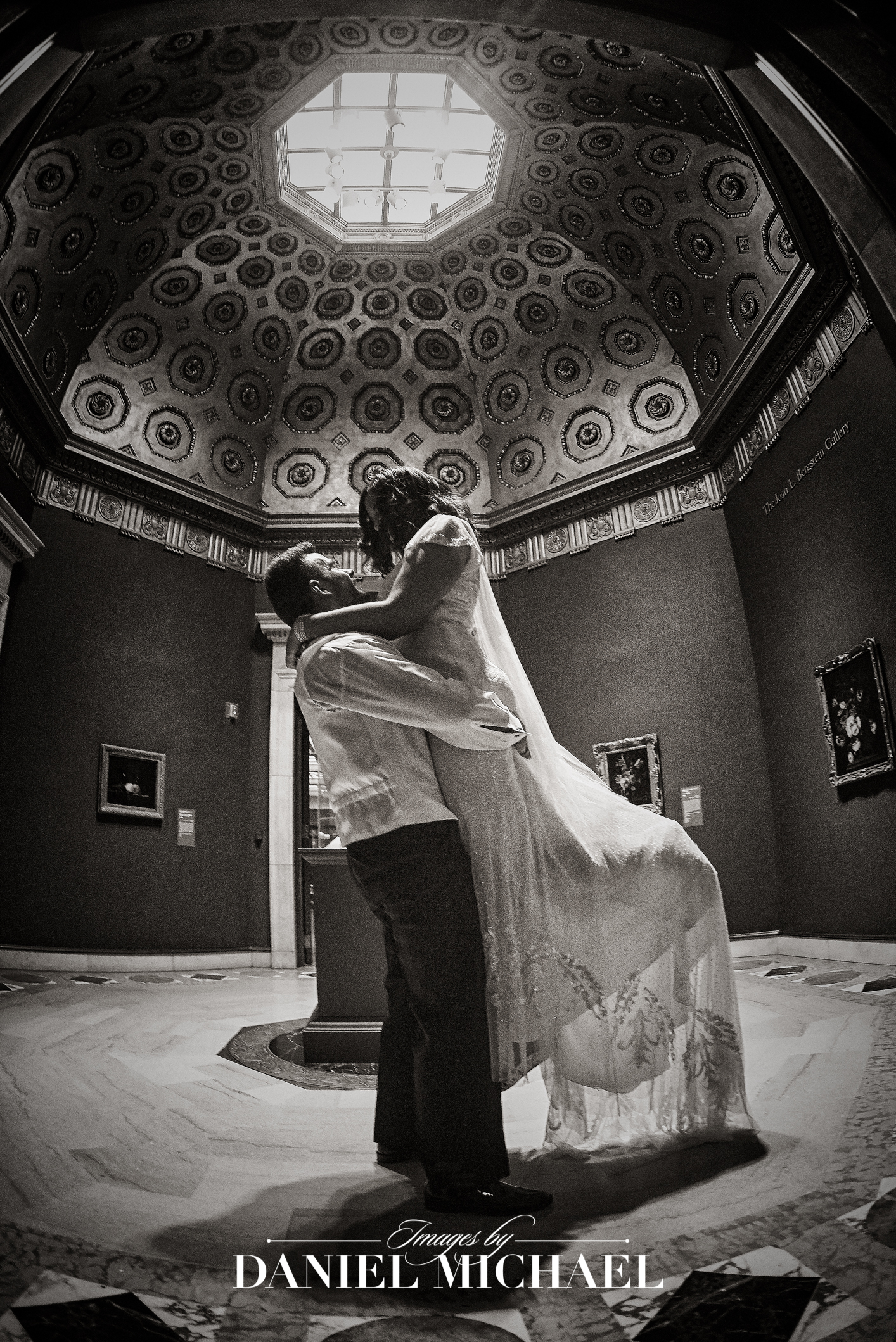 Cincinnati Art Museum Wedding Photographer Venue