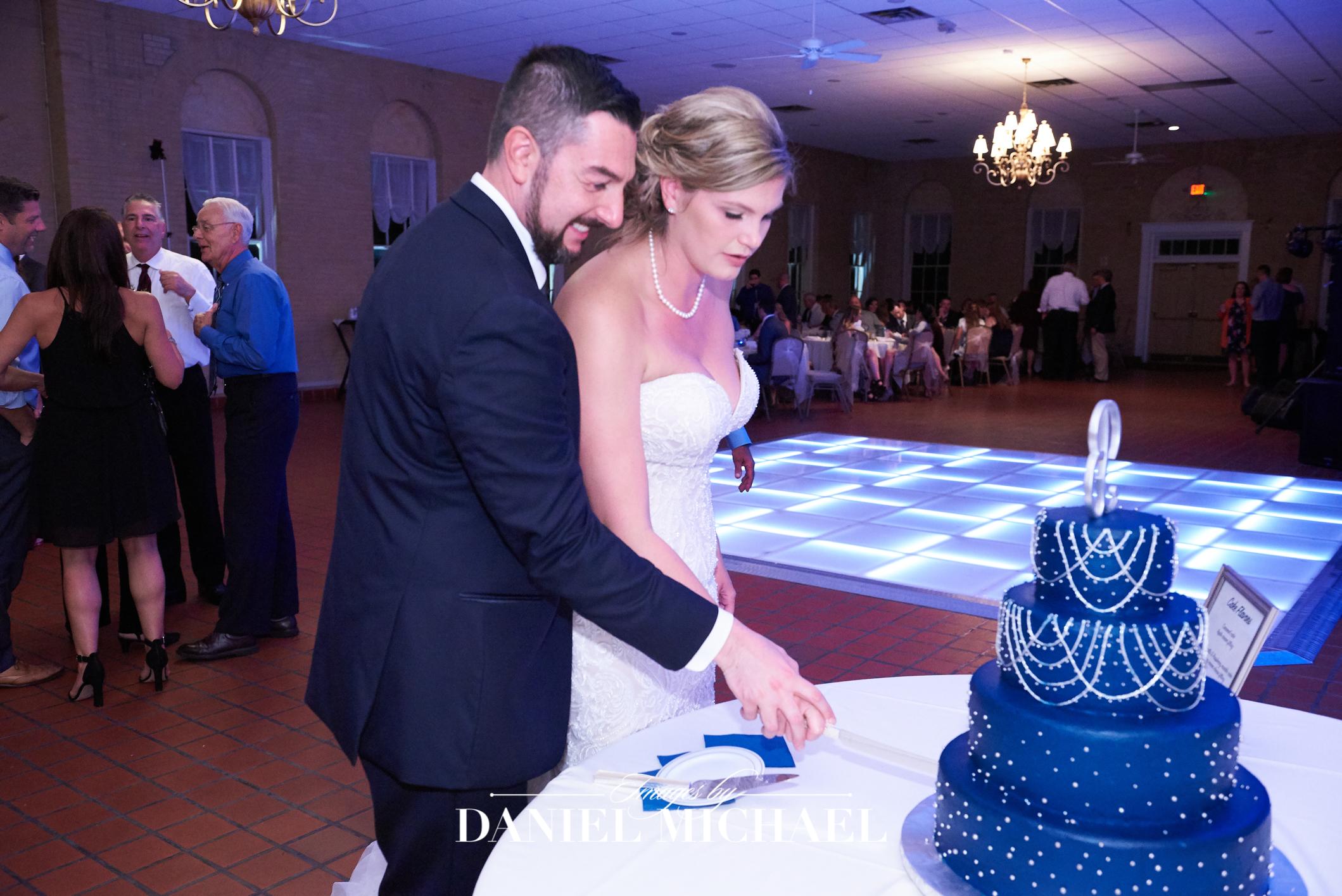 Fort Thomas Ft. Venue Reception Wedding Photographer