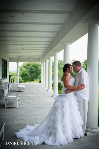 Dearborn Country Club Wedding Venue