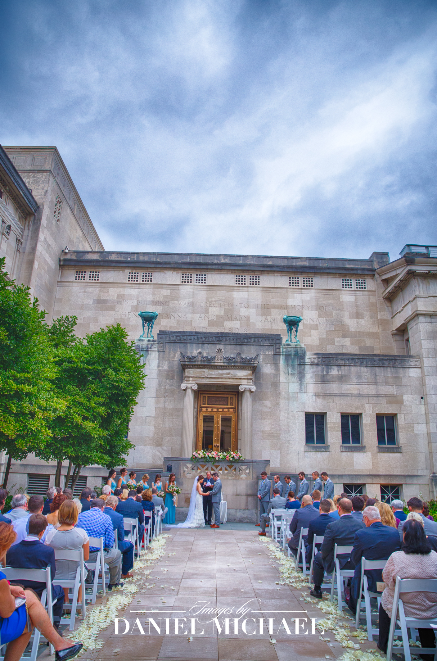 Cincinnati Art Museum Venue Wedding Photography