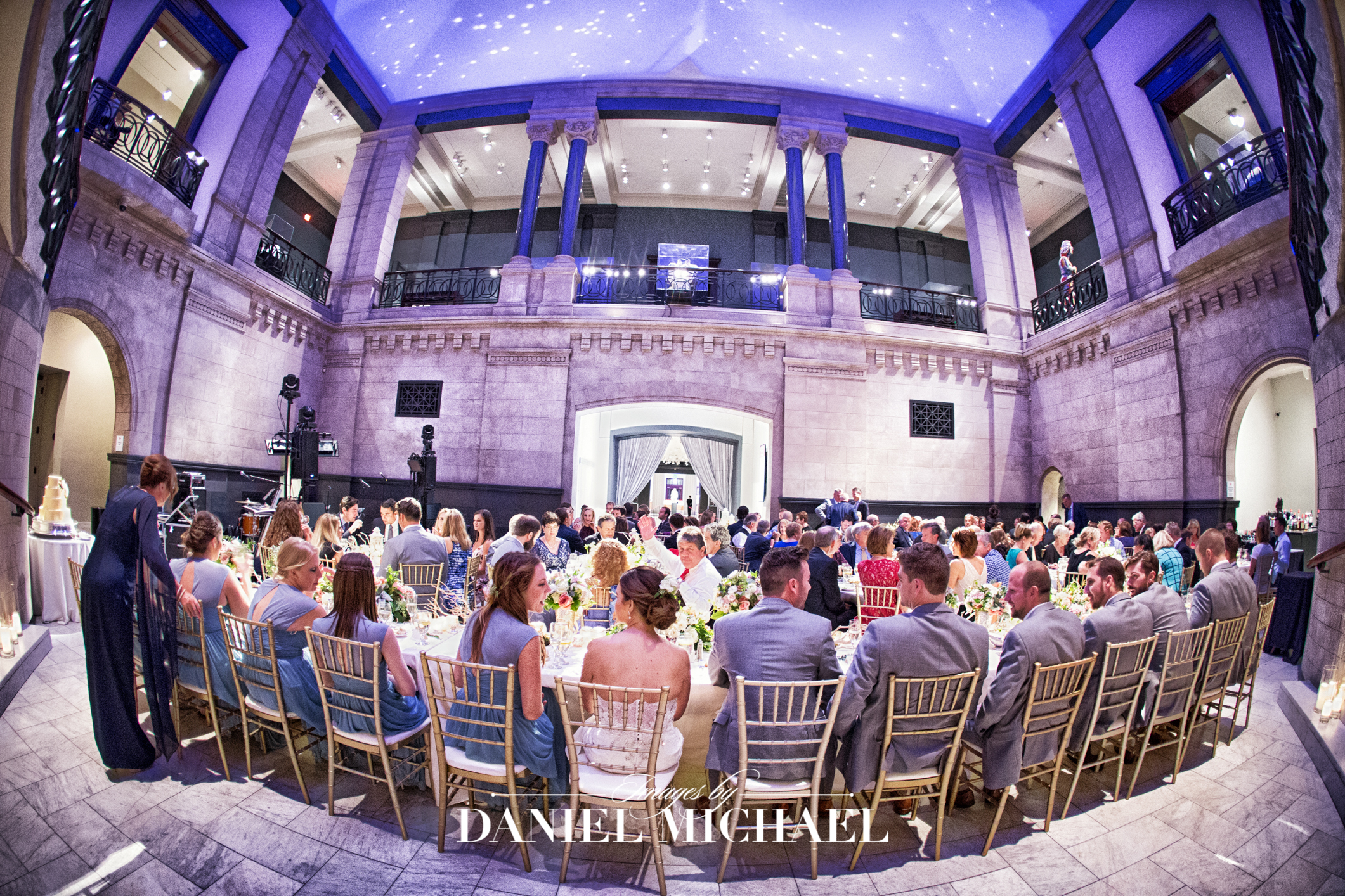Cincinnati Art Museum Wedding Venue Photographer