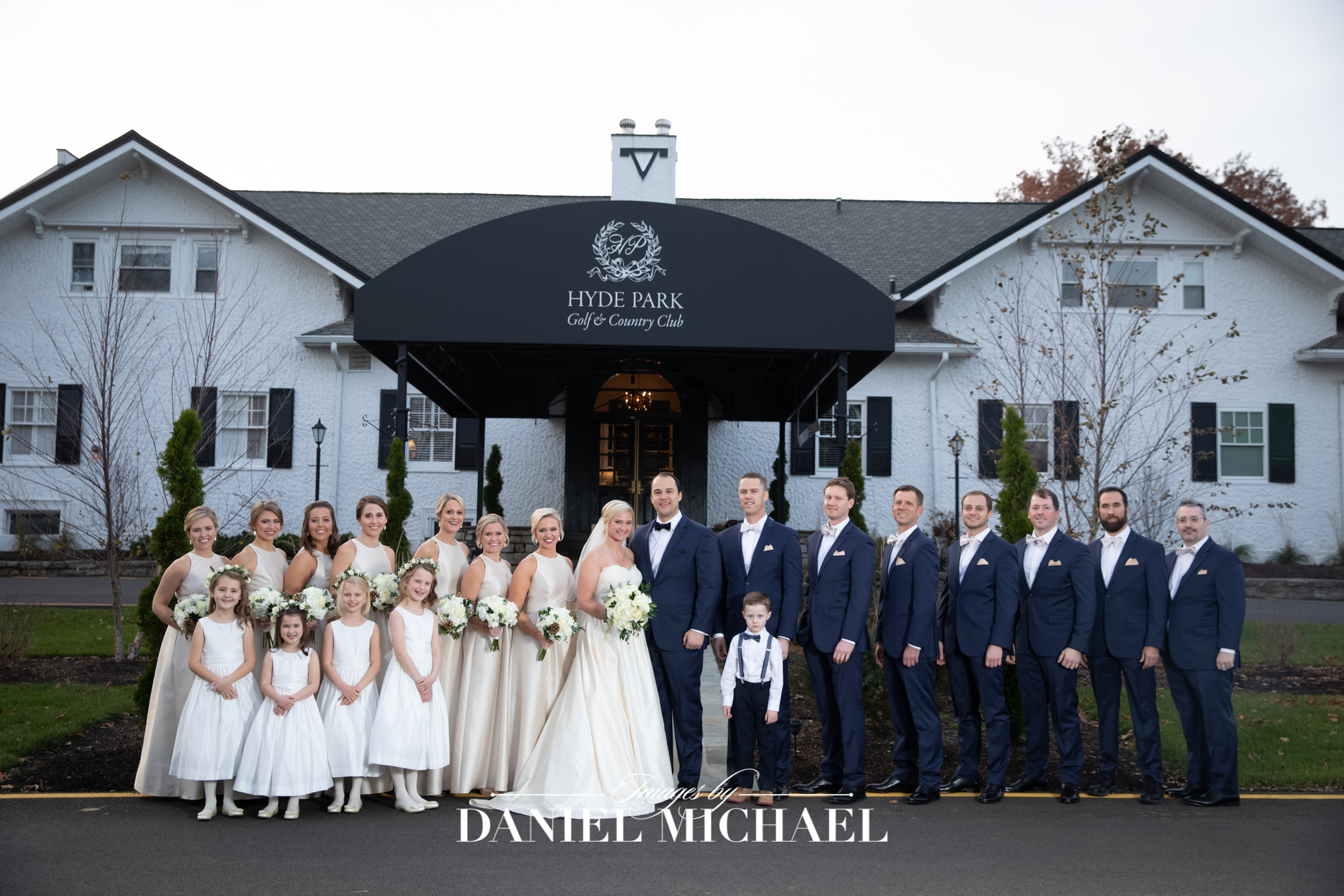 Hyde Park Country Club Wedding Venue Photographer