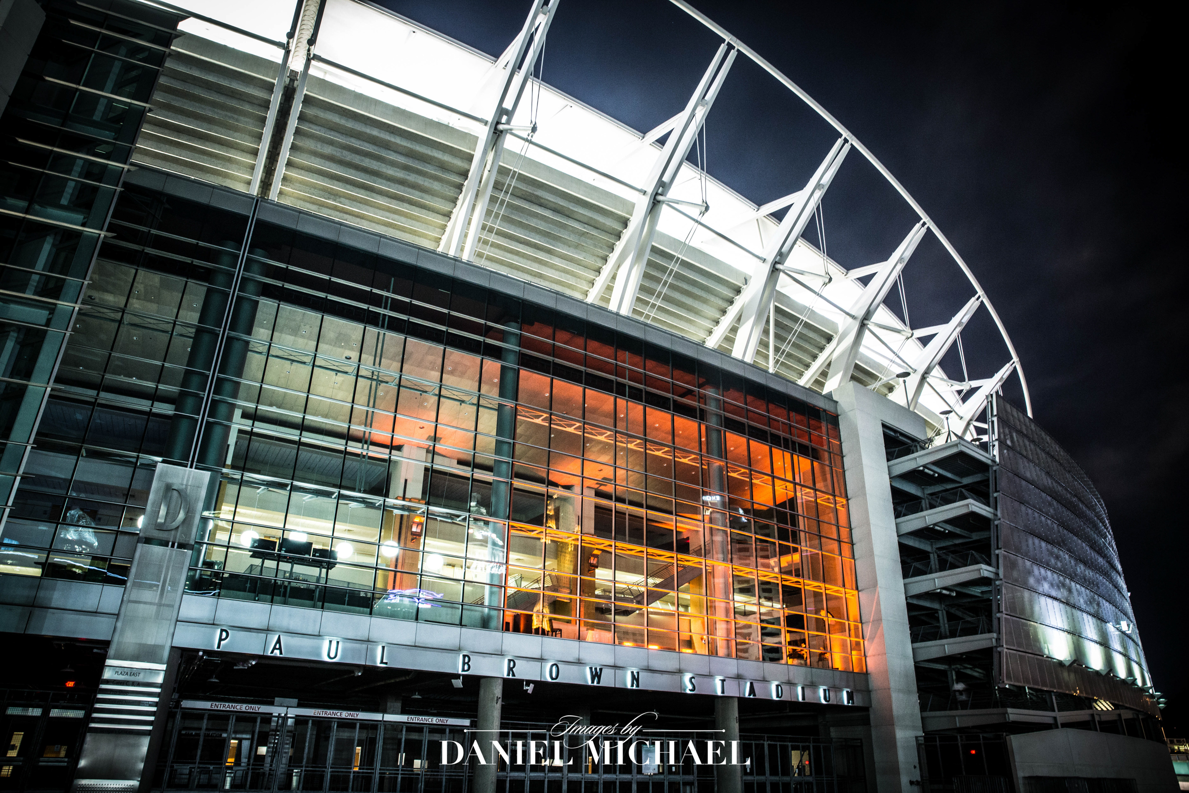 Paul Brown Stadium Reception Venue  Wedding Photographer