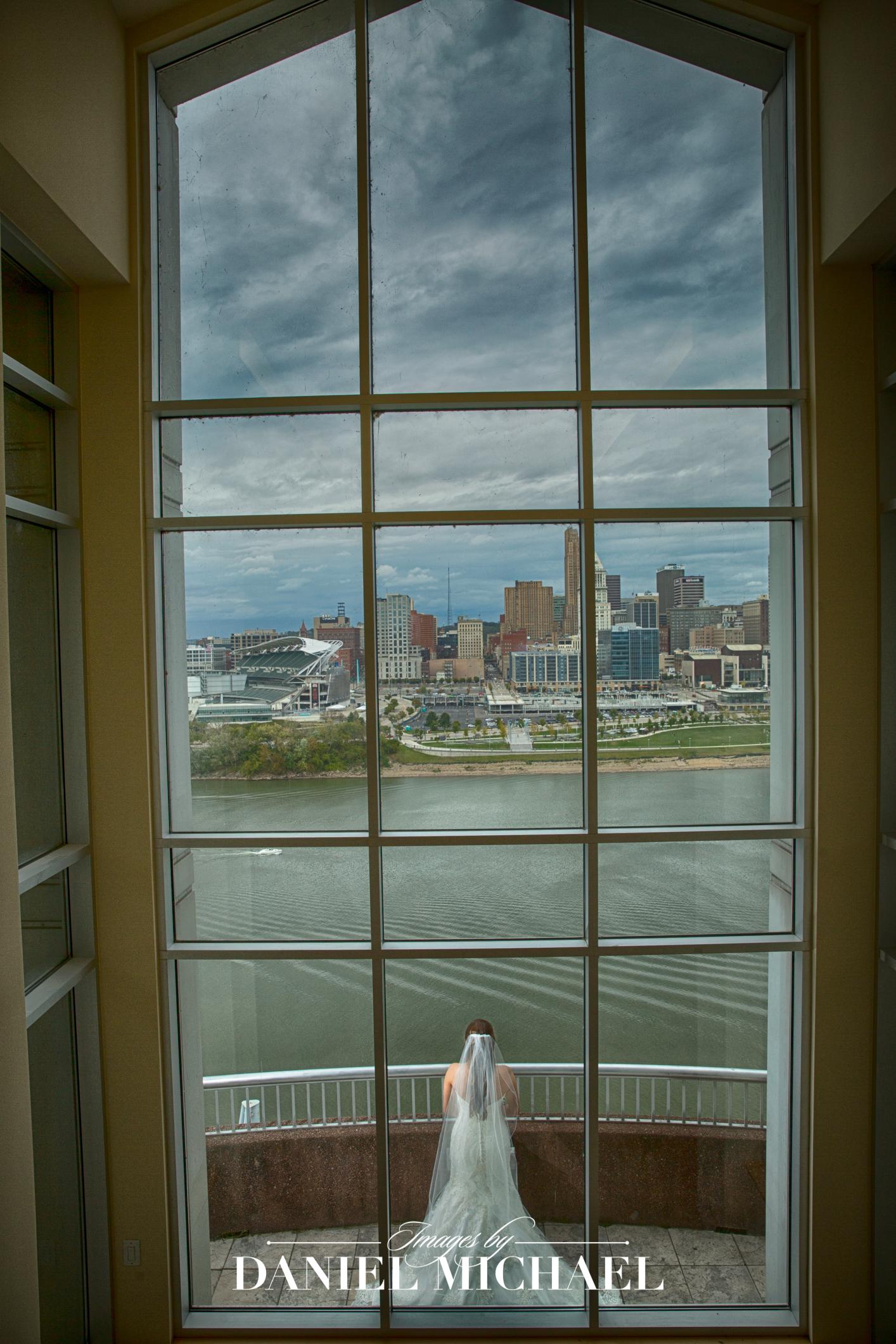 Marriott River Center Venue Ceremony  Wedding Photographer