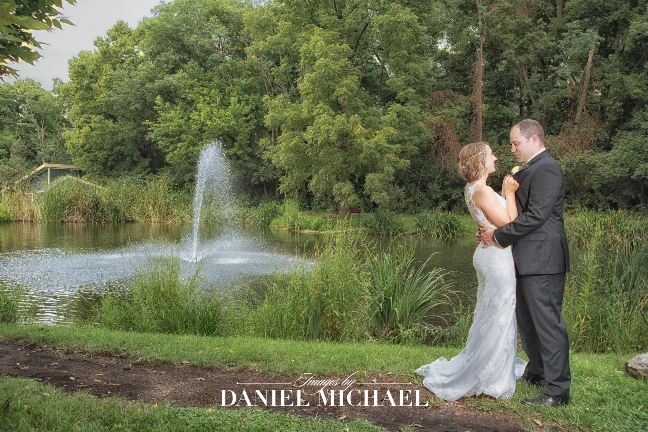 Benham Grove Venue Wedding Photographer