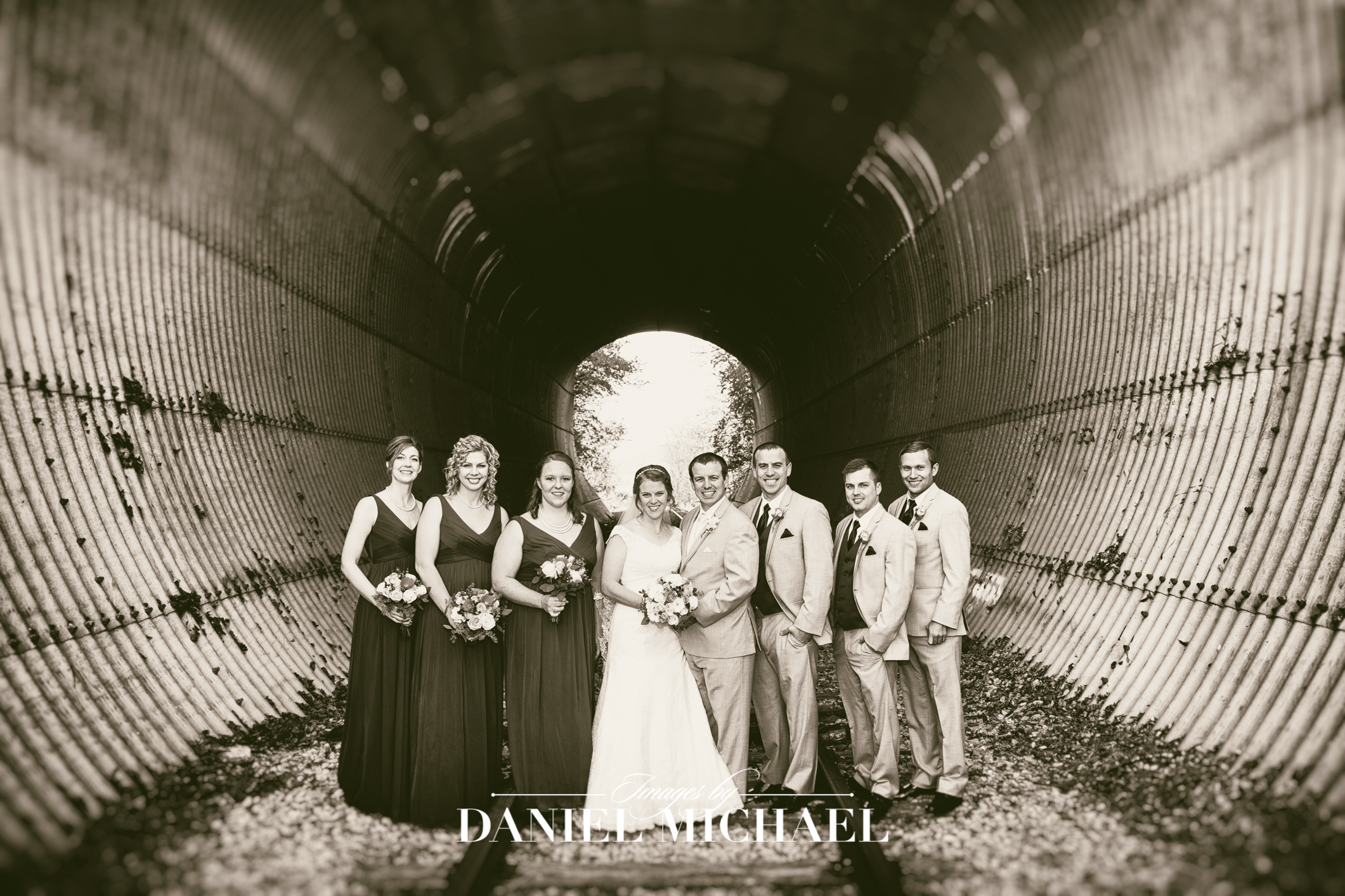 1913 Heartland Barn  Wedding Venue Photography