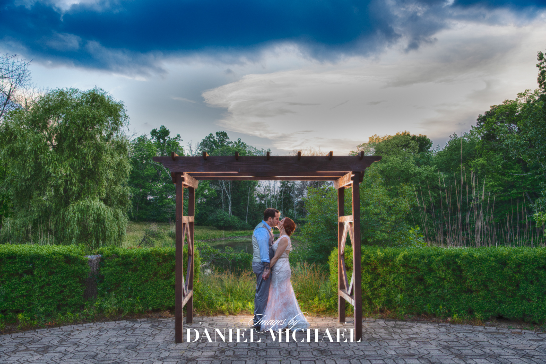 Pyramid Hill Sculpture Park Wedding Venue Photographer