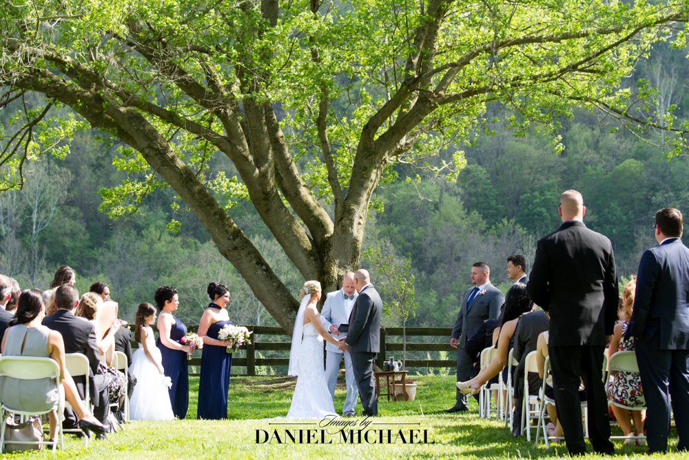 Richwood on the River Outdoor Ceremony