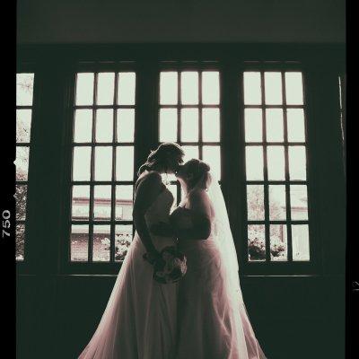 same sex two women wedding, lesbian wedding
