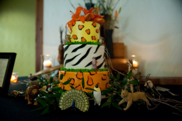 Artrageous Wedding Cake Photos