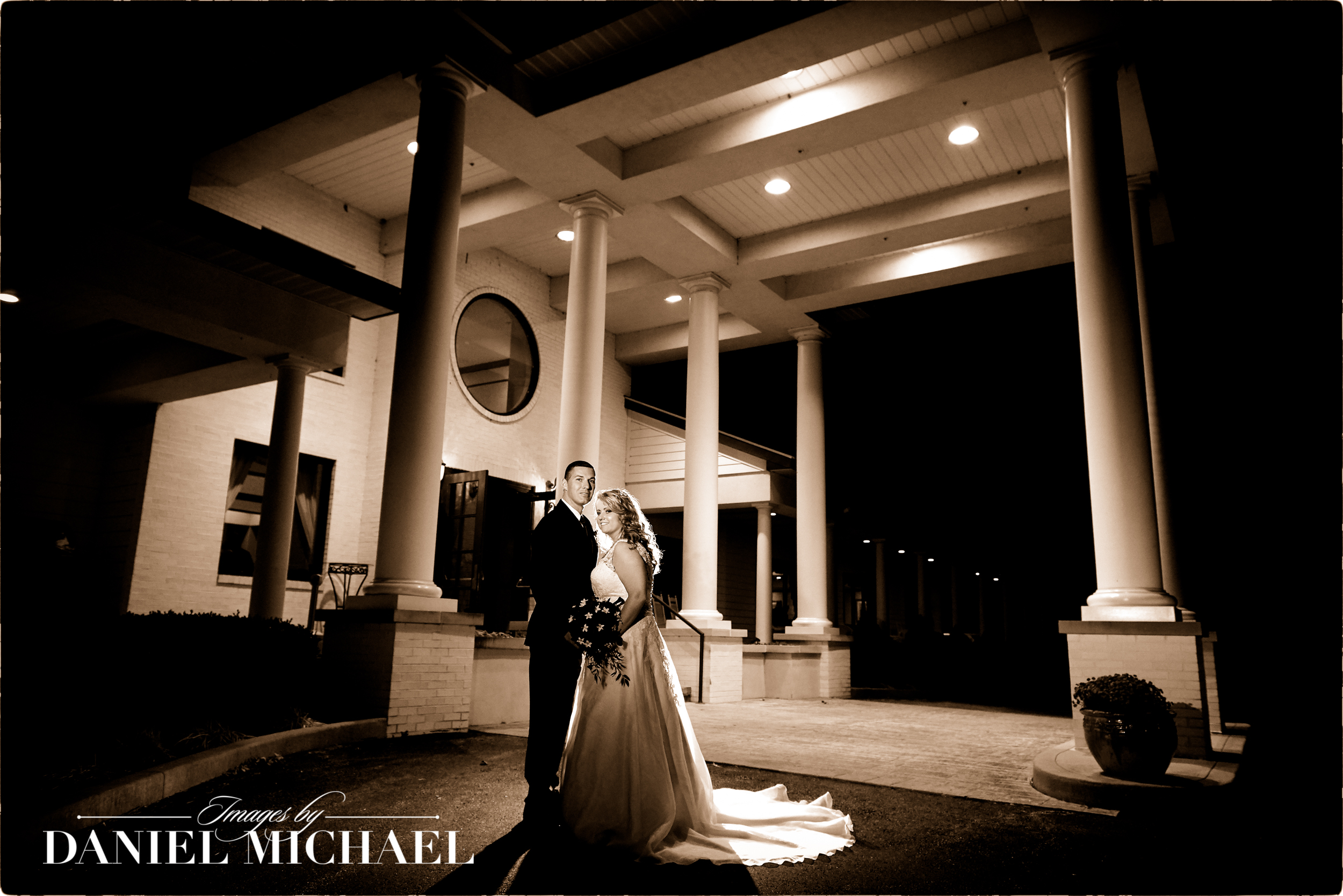Wedding Photographers Dearborn Country Club