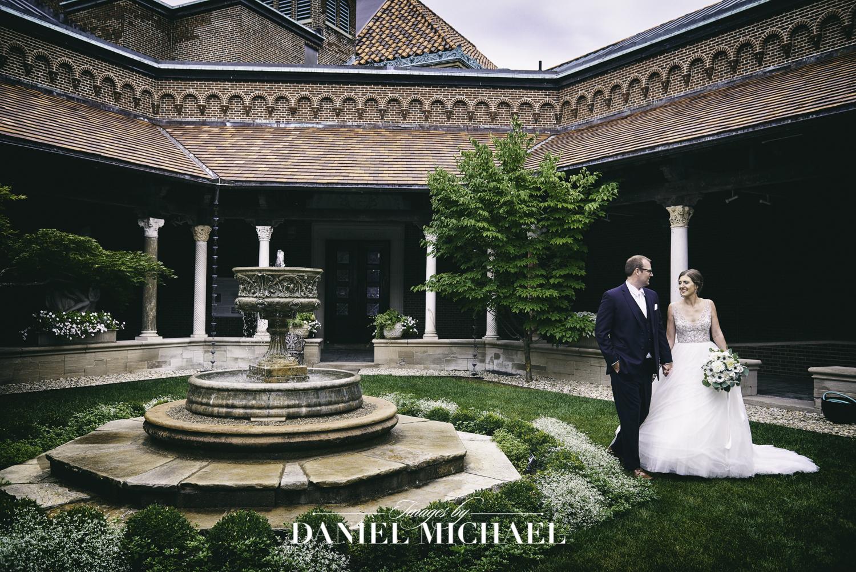 Dayton Art Institute Courtyard Wedding Photography