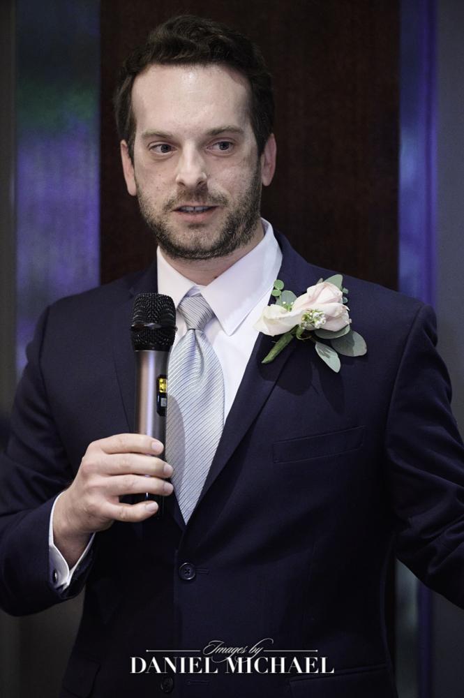 Best Man Wedding Toast Photography