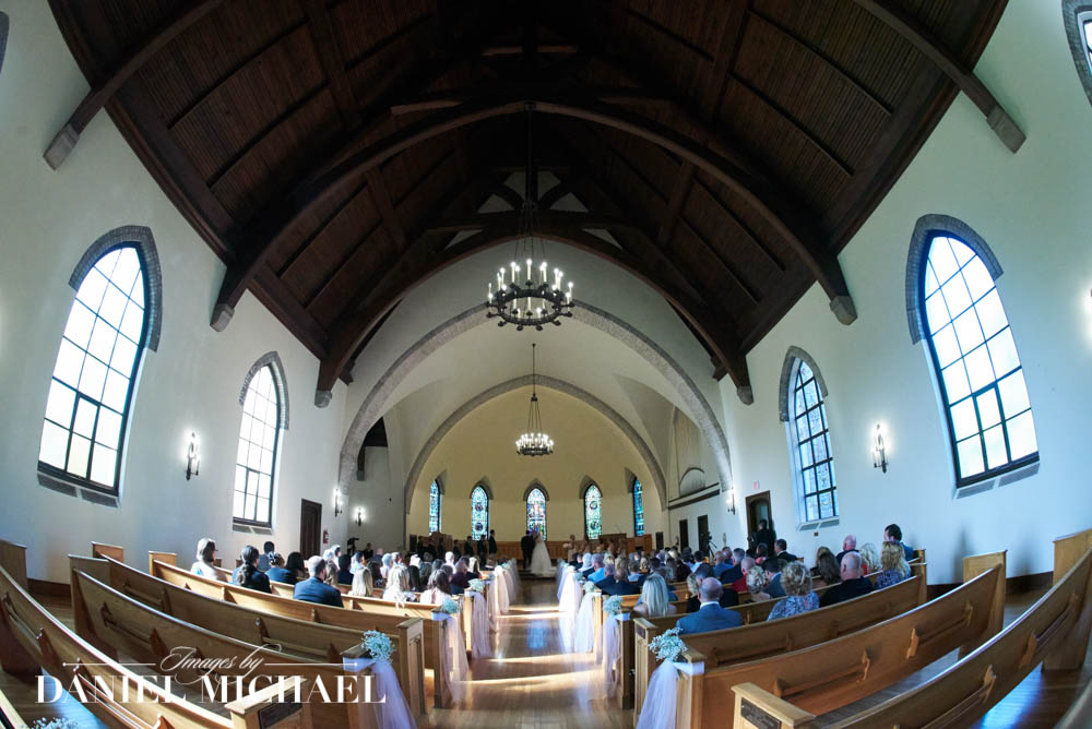 Kumler Chapel Wedding Photographers