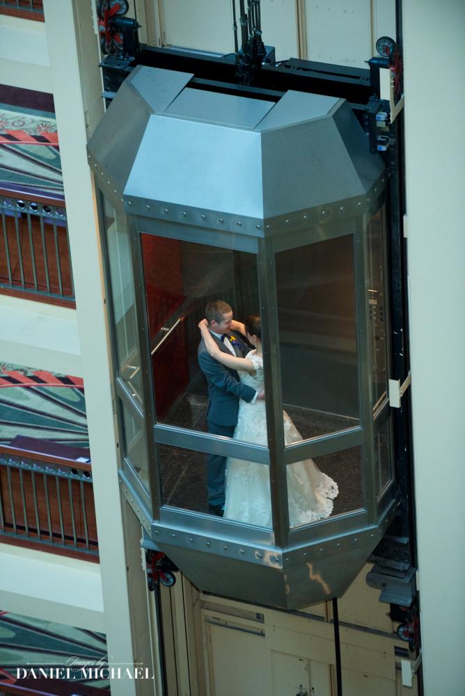 Marriott Rivercenter Wedding Photographers