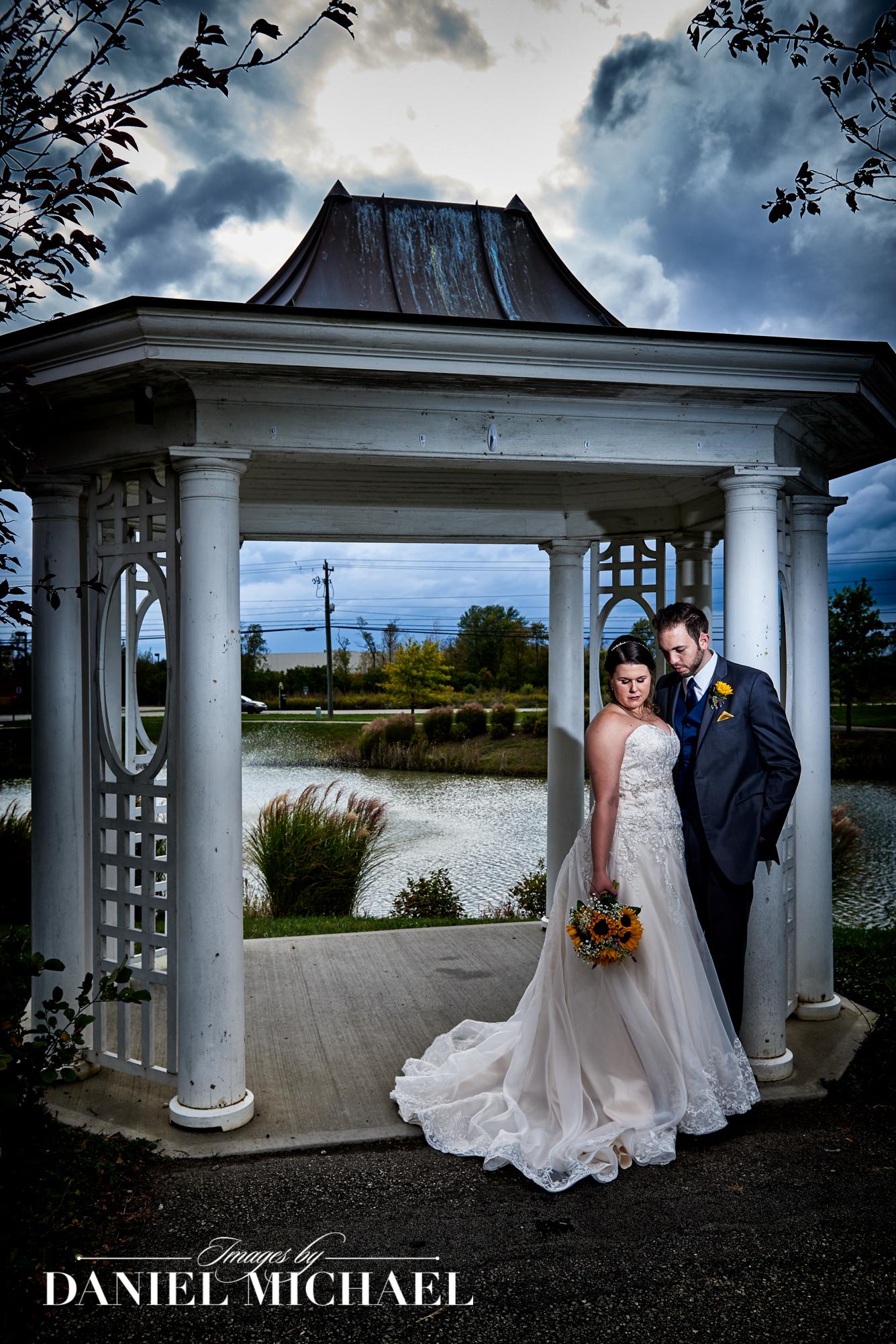 Wedding Photographers Mulhauser Barn