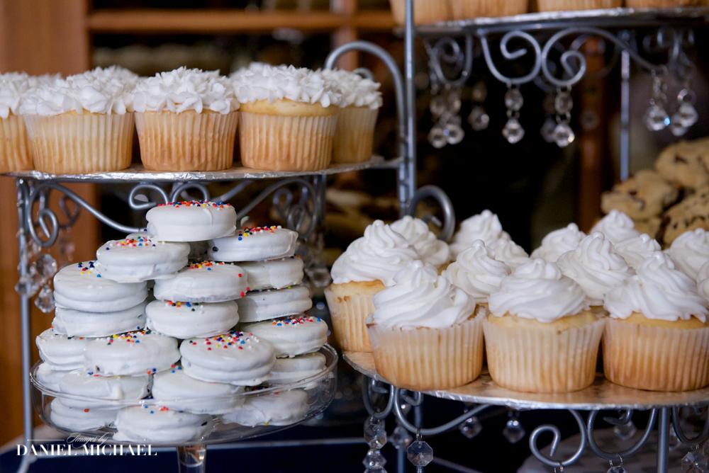 Wedding Desert Table Photo