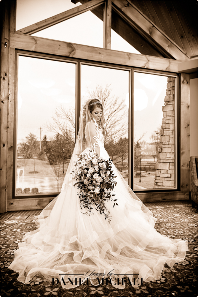 Wedding Photographer at Oasis Loveland