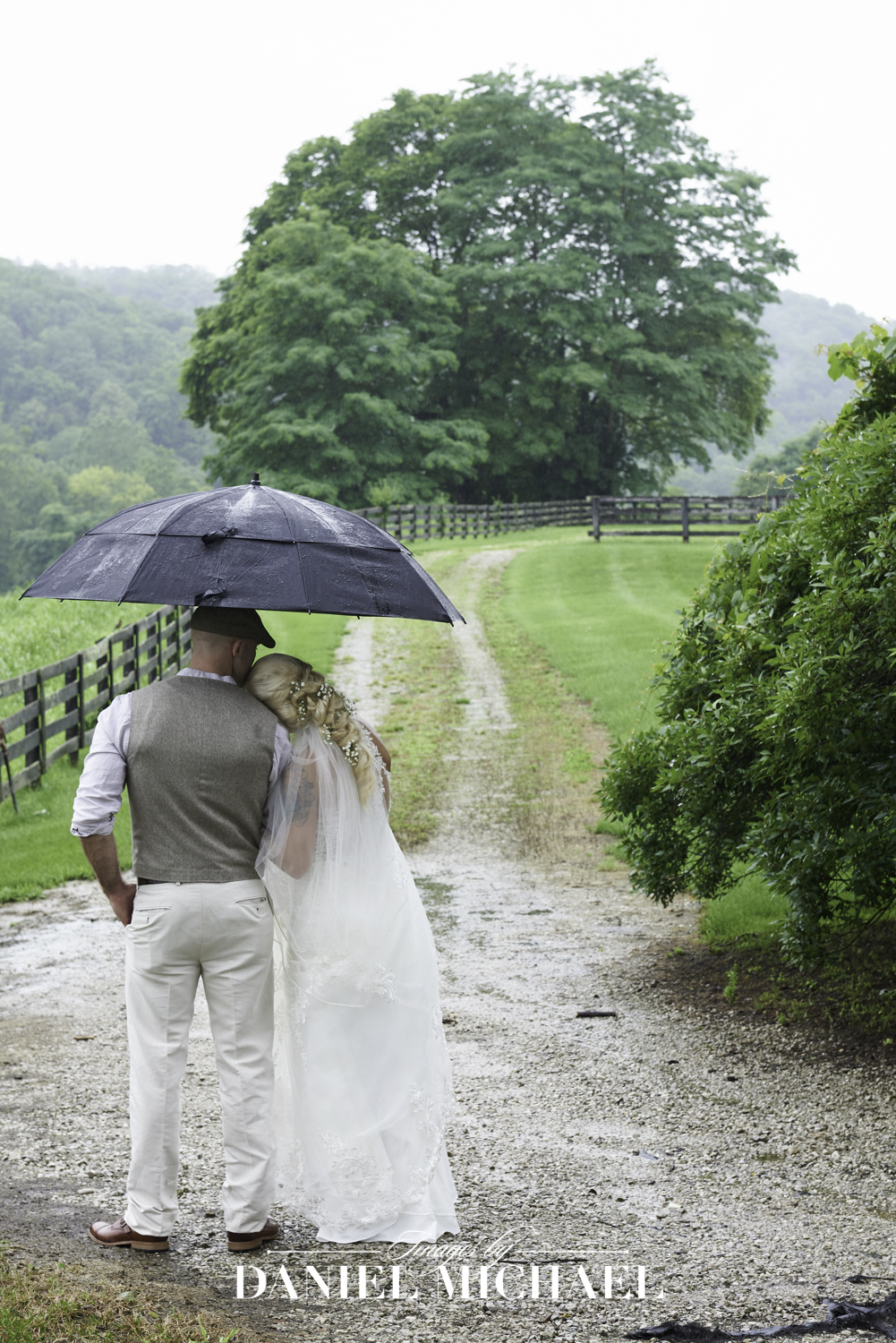 Richwood on the River Umbrella Wedding Photographer