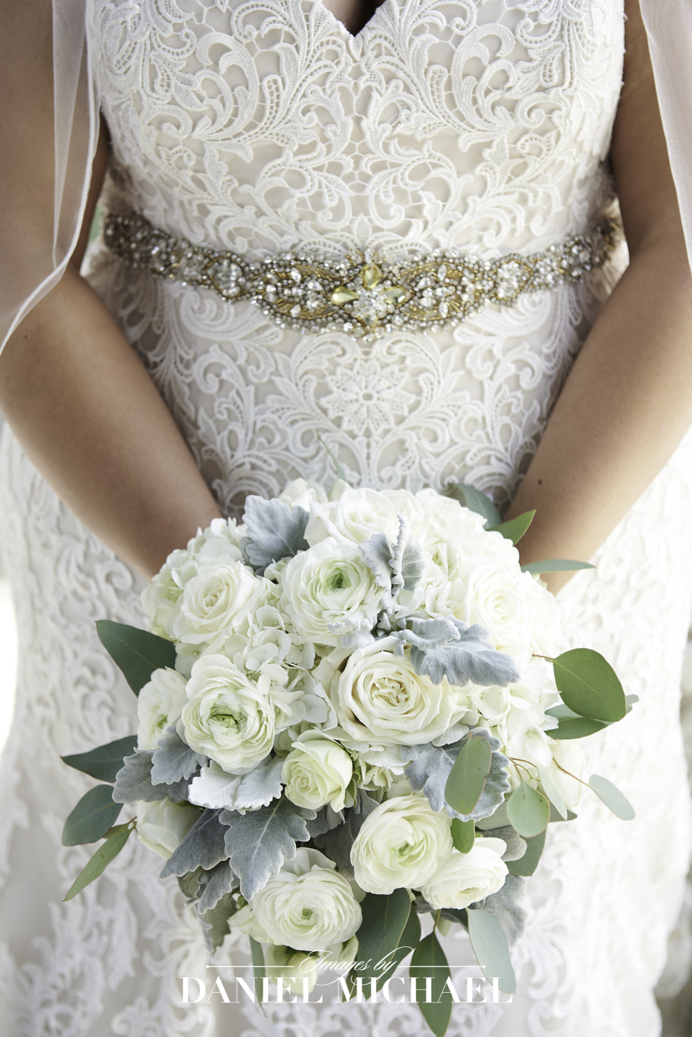 Love Curvy Bridal Greenes Florist