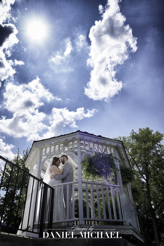 Lake Lyndsay Kayla's Corner Wedding Venue