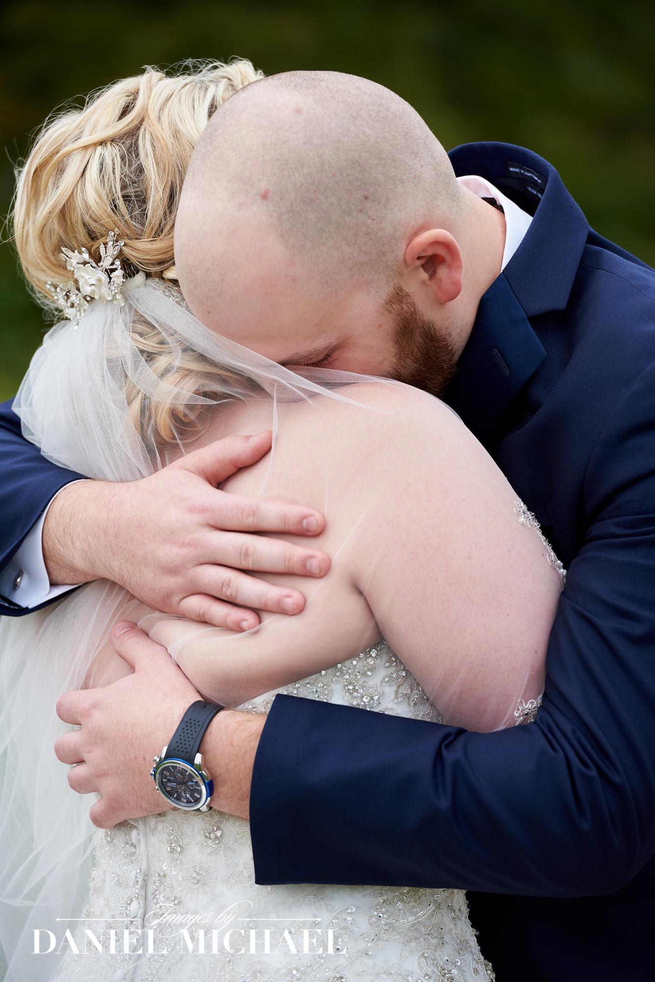 Find Wedding Photographers in Cincinnati Ohio