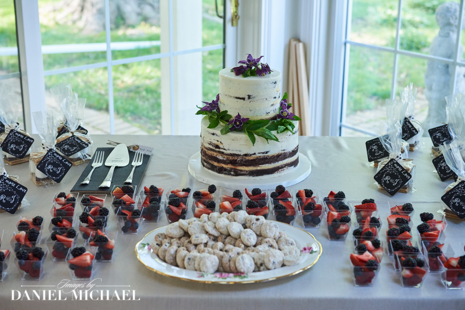 Wedding Cake and Deserts