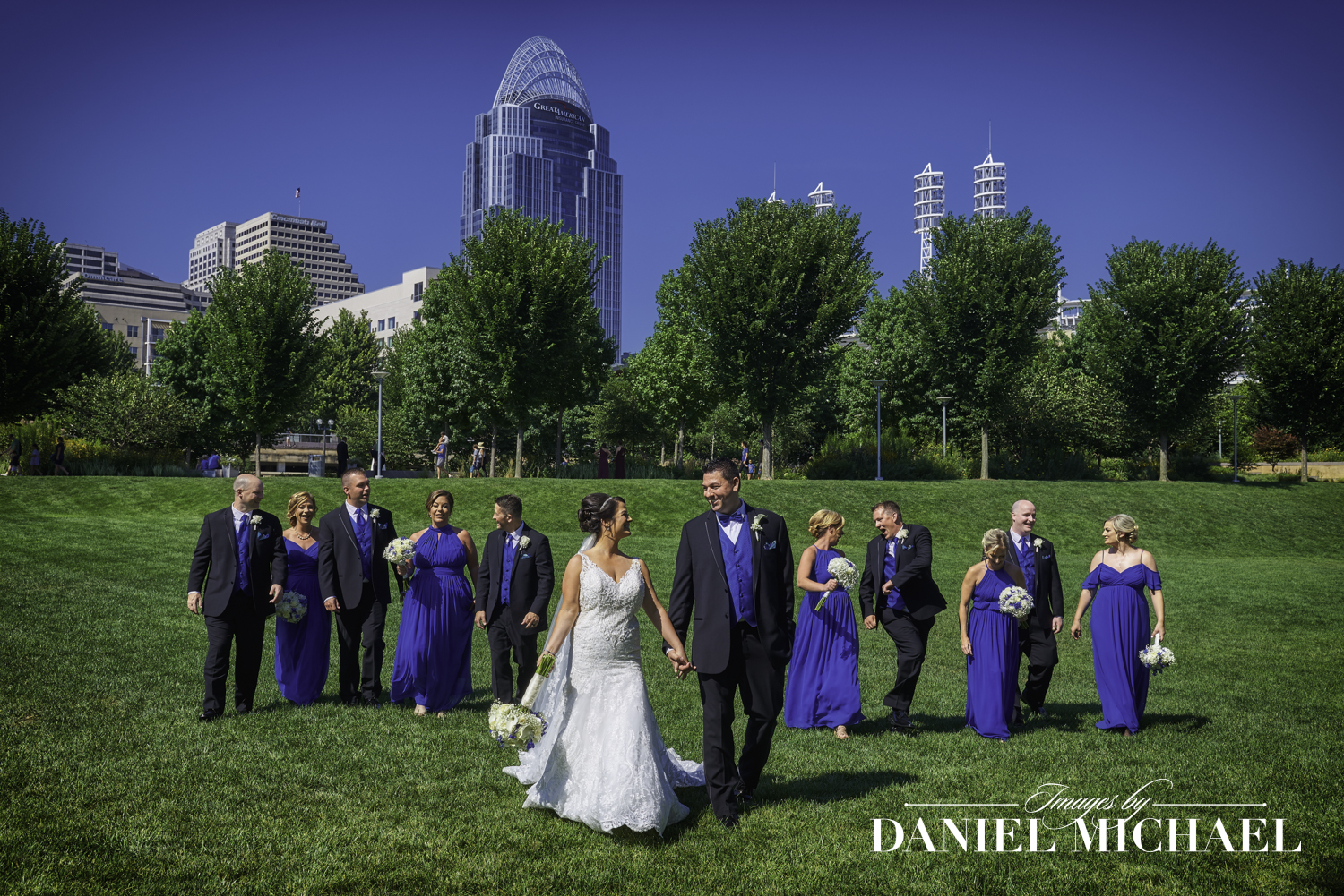 Smale Riverfront Park Wedding Photographer