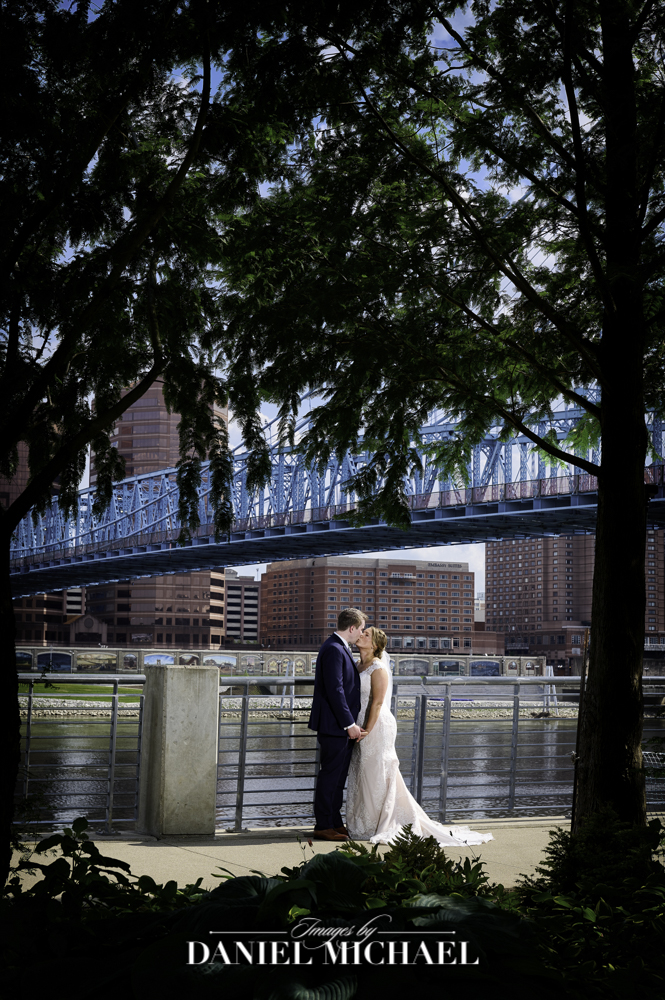 Wedding Photography Smale Riverfront Park