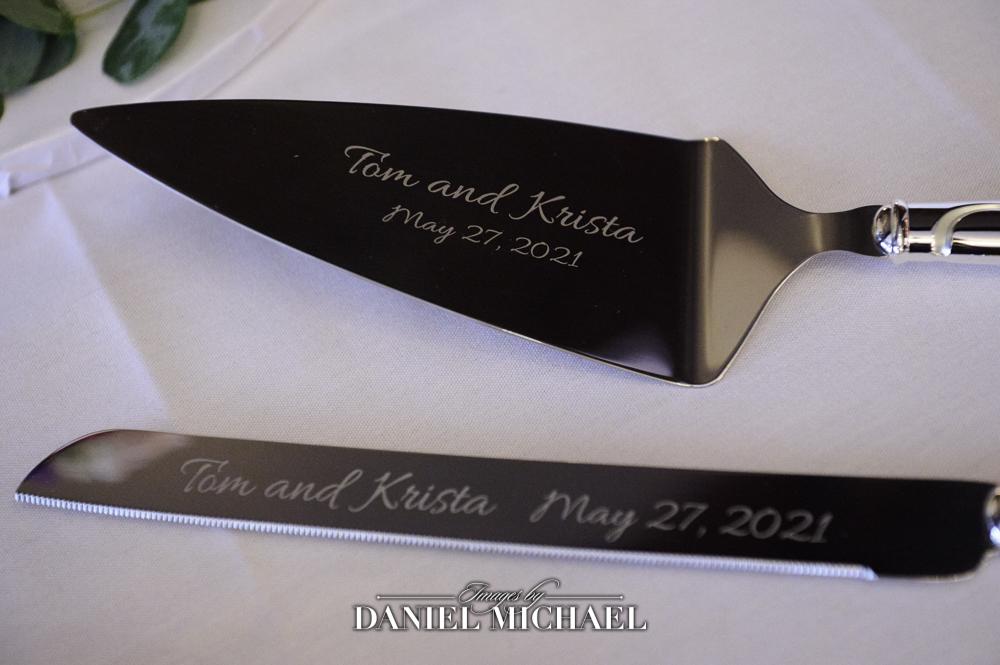 Wedding Cake Knife Photo