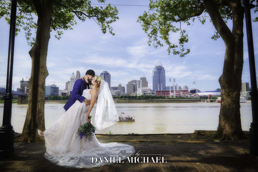 Cincinnati Skyline Wedding Photography